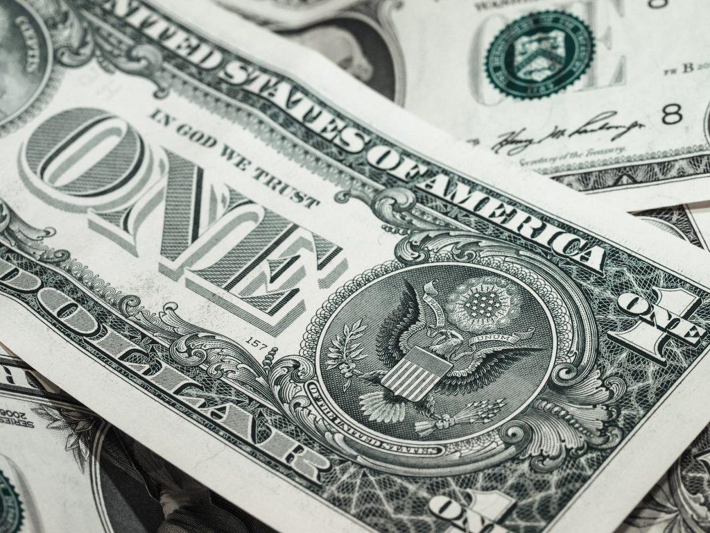 Ką įvairiose pasaulio valstybėse galima nupirkti už 1 JAV dolerį
